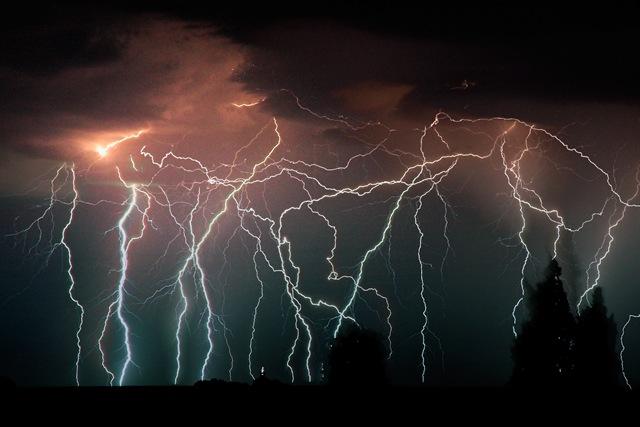 Rayos, tormentas electricas